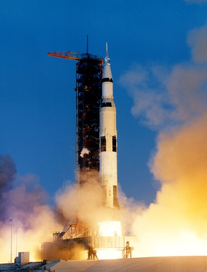 Старт ракеты-носителя 'Сатурн-5' миссии 'Аполлон-13'